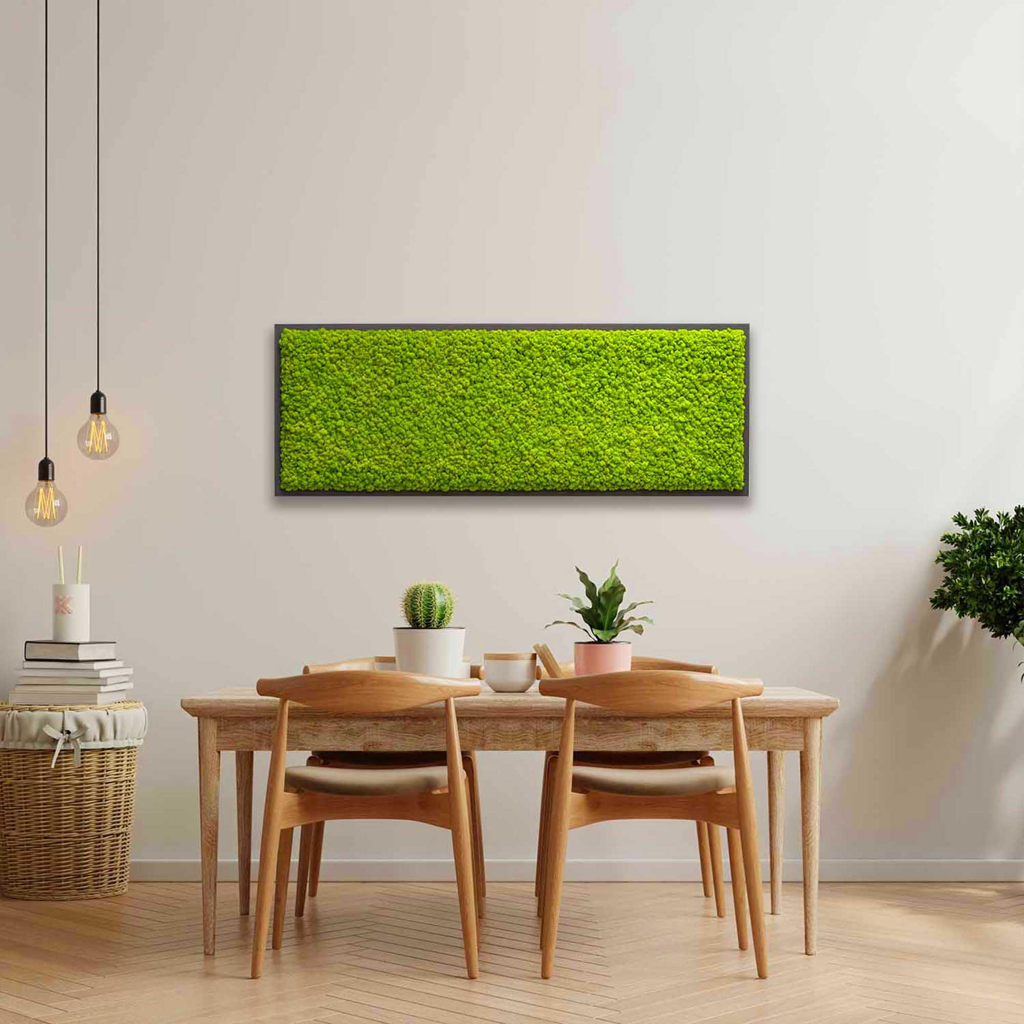 Islandmoosbild breit in Apfelgrün mit schwarzem Rahmen in minimalistischer Küche